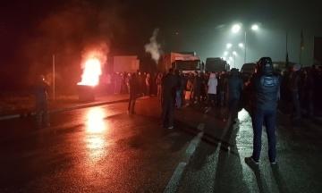 Протест автовласників на «єврономерах»: водії досі блокують кордони з Євросоюзом