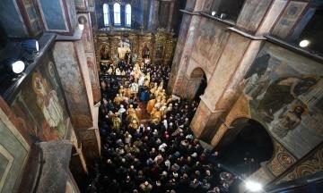 До Православної церкви України вирішили перейти понад 300 парафій УПЦ МП