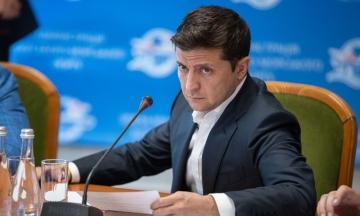 На сайте Зеленского появилась петиция с требованием обнародовать стенограммы разговоров с Путиным