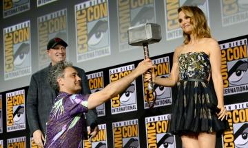 Marvel анонсував випуск 10 нових фільмів про супергероїв за участю Наталі Портман, Анджеліни Джолі та Сальми Гаєк