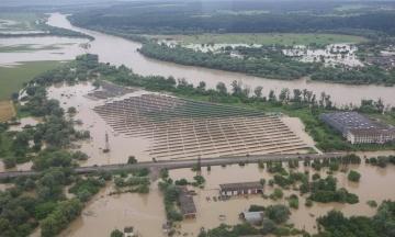 Британія надасть Україні 100 тисяч фунтів на допомогу постраждалим від повеней регіонам