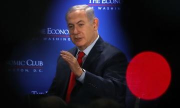 Генпрокуратура Ізраїлю підозрює Нетаньягу в корупції. У відповідь прем'єр пообіцяв, що лишатиметься на посаді «ще багато років»