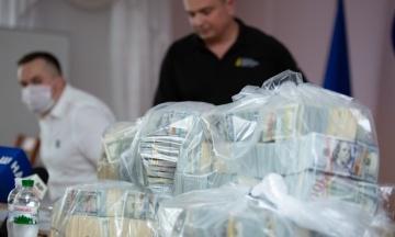 Справа про хабар у $6 мільйонів: обвинувачена Мазурова отримала п'ять років в'язниці умовно