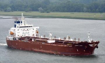Пираты напали на танкер возле Камеруна и похитили восьмерых моряков, среди которых есть украинец
