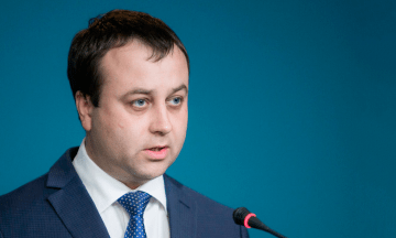 Зеленський звільнив голову та заступника Держуправління справами, призначивши в. о. Борзова