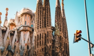 Sagrada Familia более 130 лет строилась без разрешения. Теперь администрация собора заплатит штраф