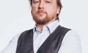 Суд отпустил политтехнолога Владимира Петрова под домашний арест