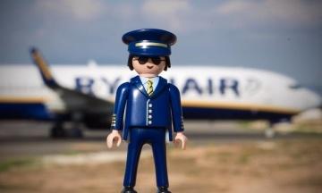 «Экипаж ничего не знал». Ryanair прокомментировала расистский скандал на борту своего самолета