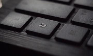 Новая версия Windows 10 удаляет файлы пользователей с компьютера. Что делать?