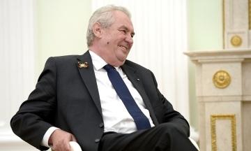 ЗМІ: Президент Чехії 10 днів ігнорував звіт спецслужб про причетність Росії до вибухів на складах