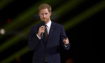 Принц Гарри выступил в защиту сериала «Корона»: Выдумка, но дает представление о давлении
