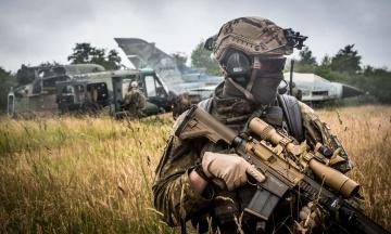 Рада разрешит напрямую закупать оружие и оборонные товары за границей. Это было условием получения помощи от США
