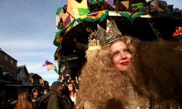 У світі святкують Марді Гра перед початком католицького посту. Ось кілька фото з фестивалю в Новому Орлеані
