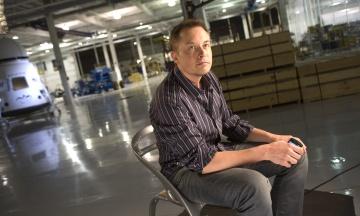 «Спрацювало». Маск надіслав перший твіт через супутниковий інтернет проєкту SpaceX