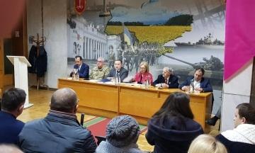 «Російська сторона не надала нам жодної офіційної довідки». Денісова прокоментувала стан здоров'я українського моряка Андрія Артеменка