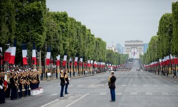 Франція відкрила кордони навіть для невакцинованих українців