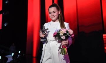 У Росії — скандал через перемогу дочки Алсу на шоу «Голос. Дети». Міжнародні експерти проводять перевірку