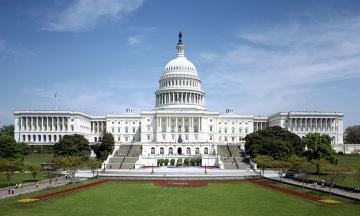 Директорів Facebook, Twitter і Google викликали в Сенат США по справі втручання Росії в американські вибори