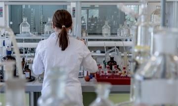 У Великій Британії дозволили випробувати тест, здатний виявляти 50 типів раку