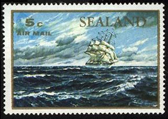 <p>Князівство Сіленд має власні поштові марки. Невизнана держава випускає їх з 1969 року.</p>
