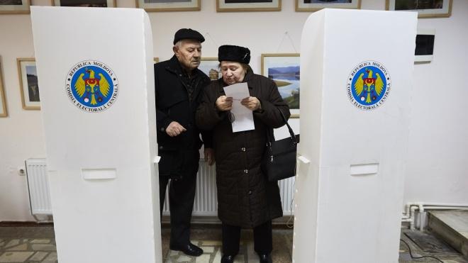 В Молдове проходят парламентские выборы. Партии президента Санду прогнозируют монобольшинство