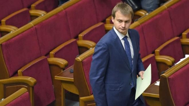 Штаб Порошенко: Новый президент имеет право распустить Раду до 27 мая