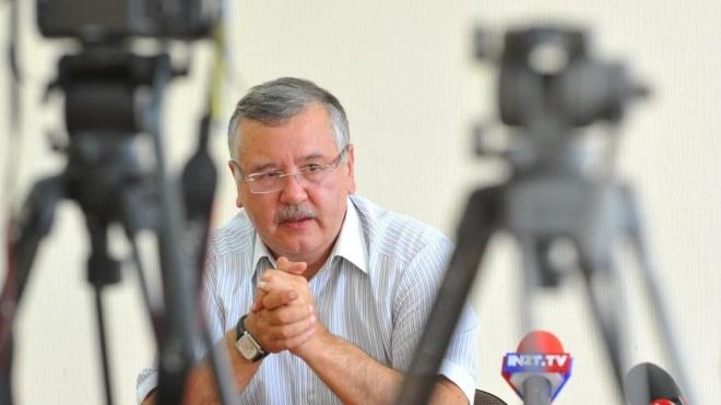 Кандидат в президенты Гриценко подал три иска против Порошенко. Требует признать агитацией его рабочие поездки