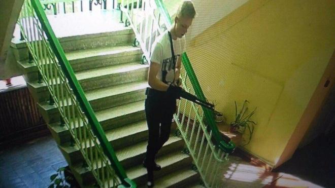 РосЗМІ: Керченського стрільця Рослякова поховали під чужим прізвищем