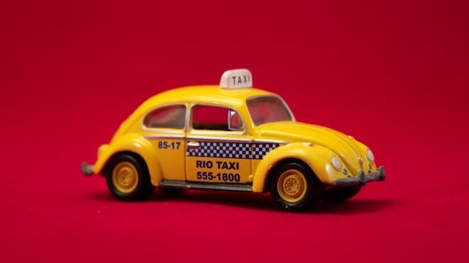 Uber склав рейтинг забутих речей українцями в таксі і назвав найдивовижніші знахідки