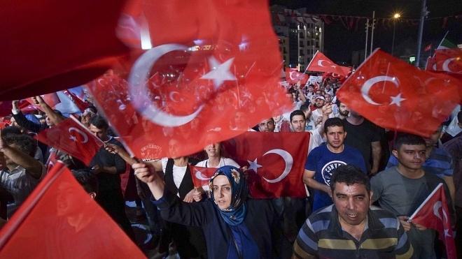 В Турции 74 человека приговорили к пожизненному заключению за попытку госпереворота в 2016 году
