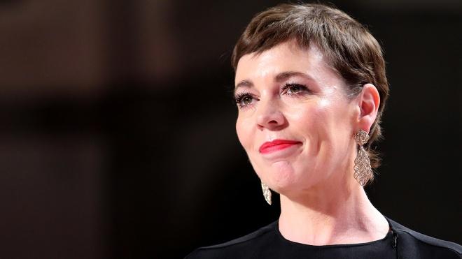 Звезда фильма «Фаворитка» поспорила с Википедией из-за своего возраста. Она попросила сделать ее на 8 лет младше, а ей не поверили