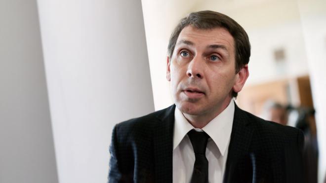 Парламент принял Избирательный кодекс и попрощался с мажоритаркой.  Как это будет работать — объясняет соавтор закона Александр Черненко