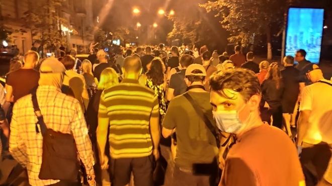 Стерненко і ще понад 500 громадян йдуть від будинку генпрокурора до Офісу президента