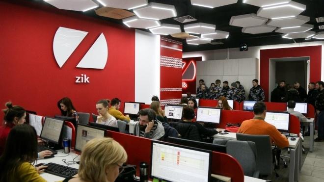 Телеканали 112, NewsOne та ZIK виступили із спільною заявою й закликали Зеленського «займатись справою»