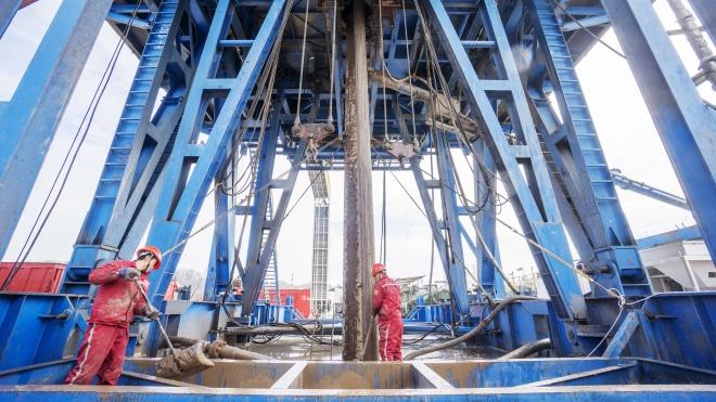 В «Нафтогазе» сообщили, что суд Швеции снял запрет на взыскание с «Газпрома» $2,6 млрд. На сайте суда решения пока нет