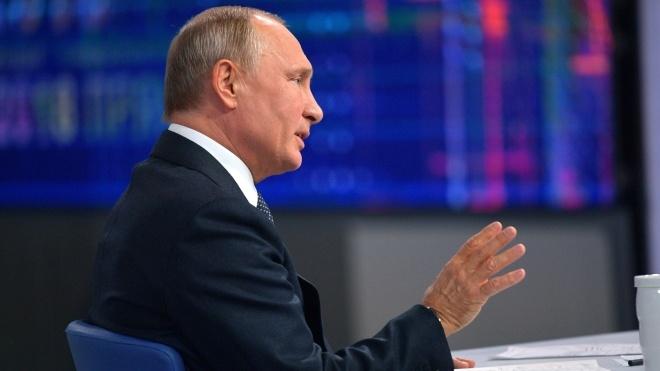 «Країни ЄС справнісінько підхрюкують американцям». Путін загрожує новими видами озброєння Європі та США