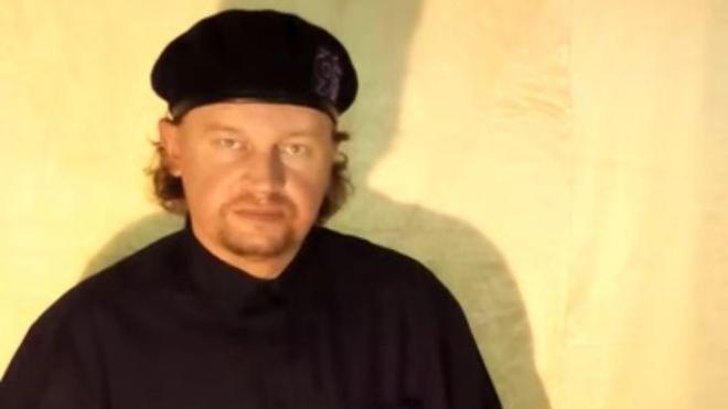 Мужчина, который захватил заложников в Луцке, вероятно, учился в духовной семинарии, сидел в тюрьме и принудительно лечился в психлечебнице