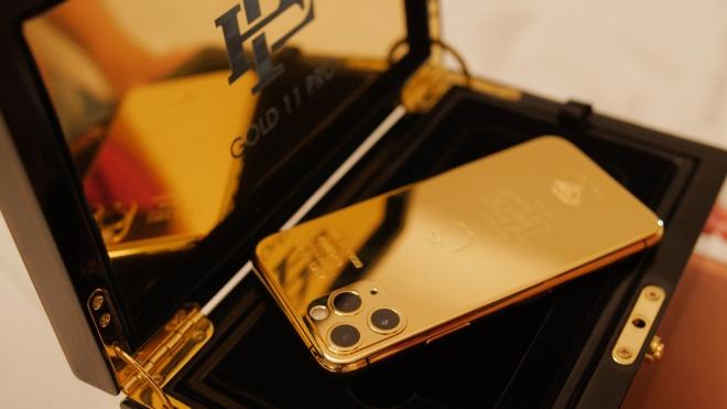 Брат известного наркобарона Эскобара будет продавать золотые iPhone после своих претензий к Apple