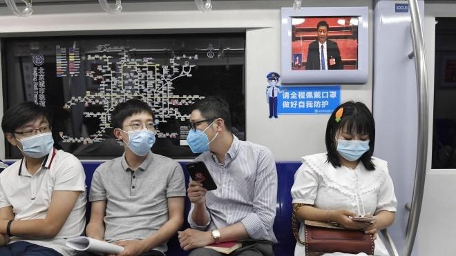 Лидер Китая Си Цзиньпин сначала проигнорировал вспышку коронавируса. А потом воспользовался ею, чтобы улучшить свою репутацию и расправиться с соперниками