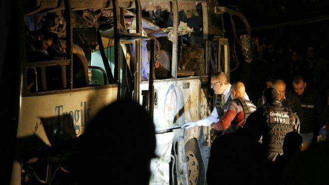 Зросла кількість загиблих внаслідок вибуху туристичного автобуса в Каїрі
