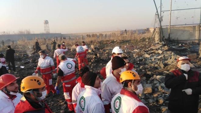 Авиакатастрофа украинского самолета в Иране. Погибли 176 человек, среди них 11 украинцев — источник