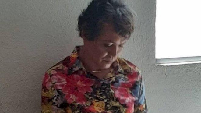 В Бразилии мужчина «переоделся» в свою маму, чтобы сдать вместо нее урок вождения в автошколе