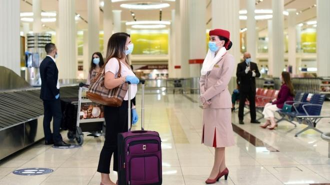 Авиакомпания Emirates будет страховать всех пассажиров от коронавируса на €150 тысяч