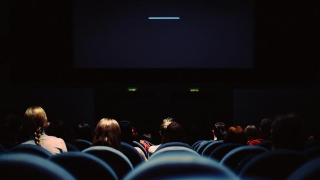 Минкульт: После карантина в кинотеатры и концертные залы сначала будут пускать не более 30% посетителей