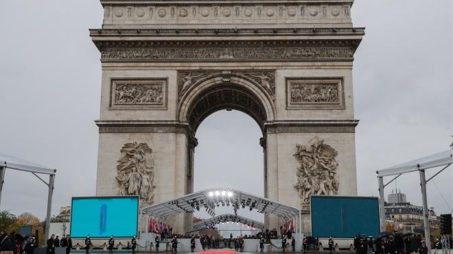 У Парижі починаються урочистості на честь 100-річчя закінчення Першої світової війни. Поліція перекрила центр і метро