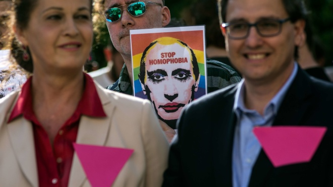 Російська ЛГБТ-мережа: У Чечні знову масово затримують геїв і лесбійок. Дві людини померли від катувань