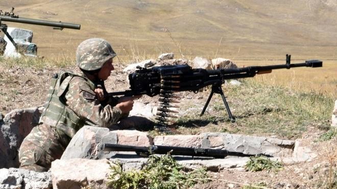Бої в Нагірному Карабаху: невизнана республіка втратила вже понад 700 військових
