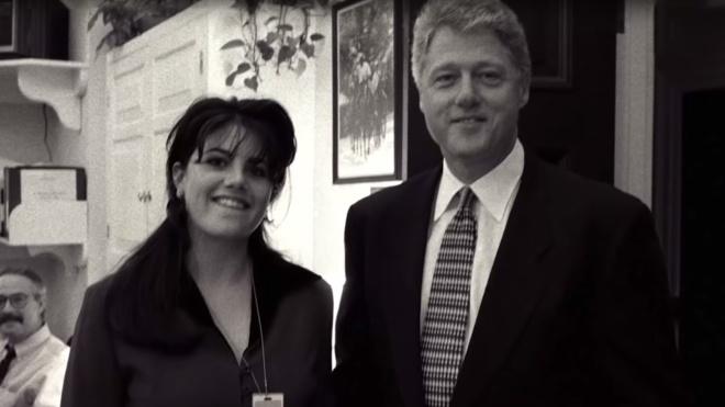 У США виходить серіал про роман Білла Клінтона та Моніки Левінськи. В ньому 20 серій