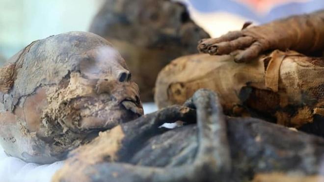 Ученые впервые обнаружили «беременную» мумию