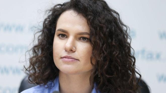Гендиректор «Прямого» Евгения Захарова стала появляться на ZIK. Недавно канал возглавил ее бывший коллега Алексей Семенов